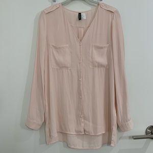 H&M Divided Pink Button-Up Shirt - Size 6